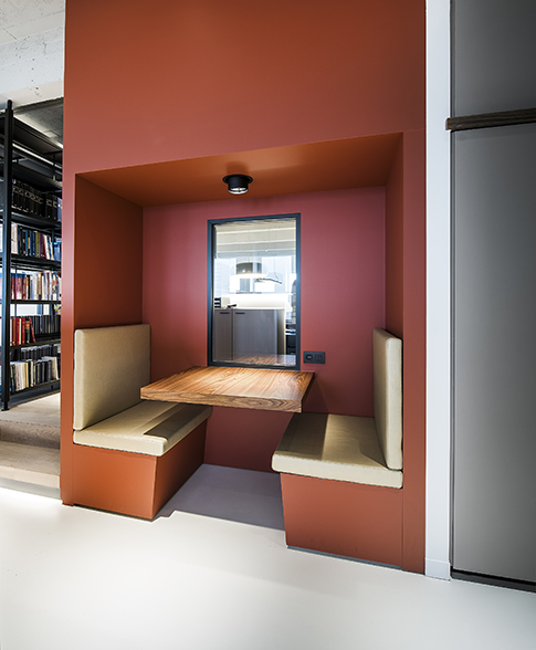 BBSC-architects-Metis-lawyers-watt-antwerp-seating-corner